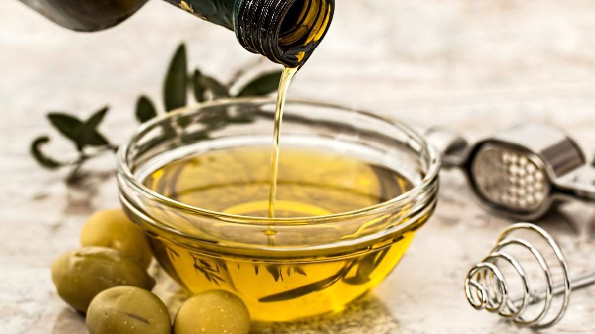Оливковое масло для ухода за волосами: польза, свойства и советы