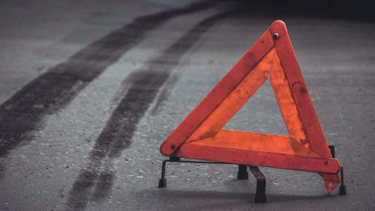 ДТП під Харковом: швидка на смерть збила жінку 28 липня 2020