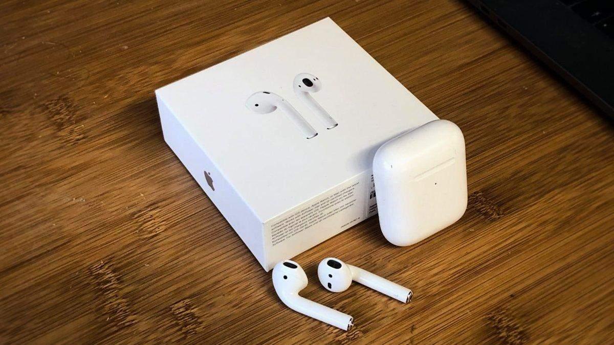 Apple запатентовала наушники, чтоб транслировать музыку в череп