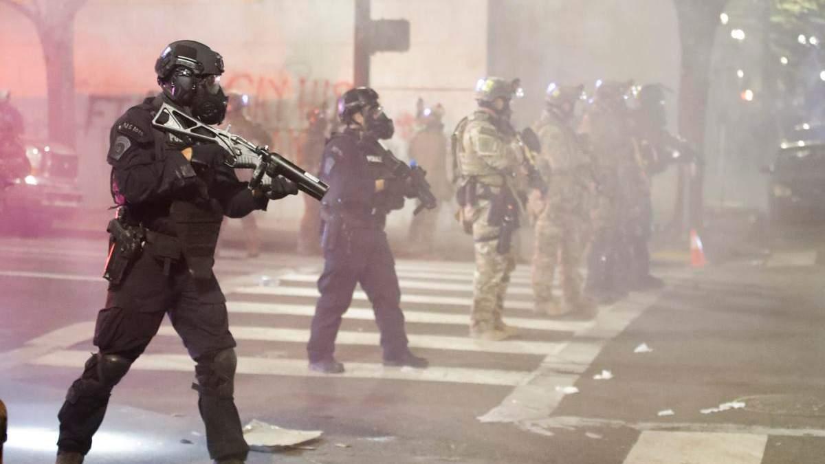 Поліція США та контроль