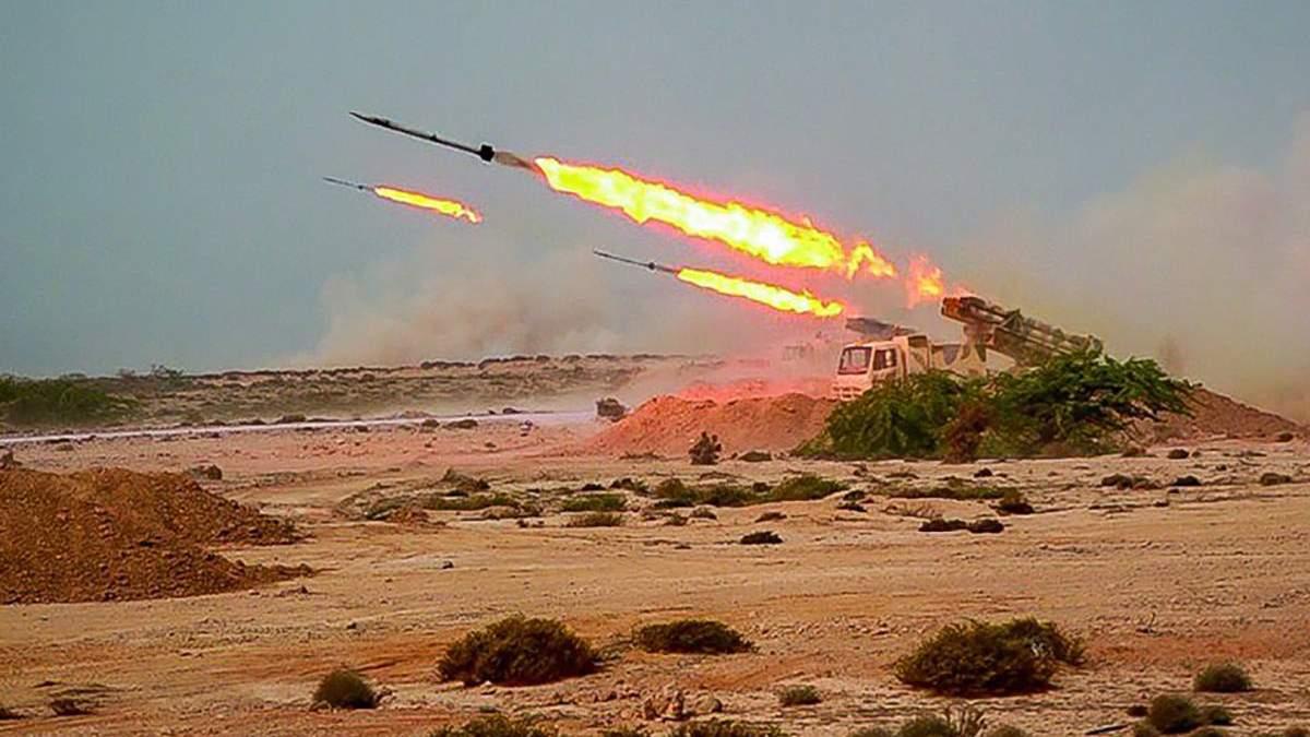Іран запустив балістичні ракети під час навчання: військові бази США оголосили тривогу – відео