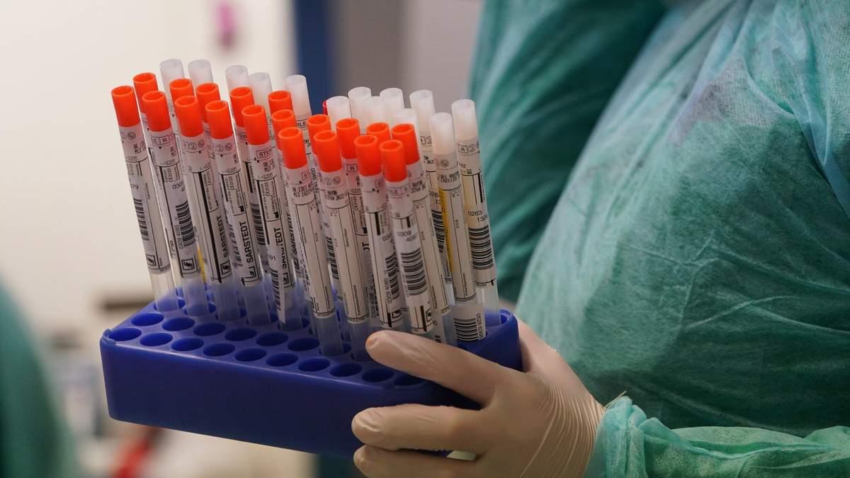 В Україні зафіксували понад тисячу випадків COVID-19 за добу