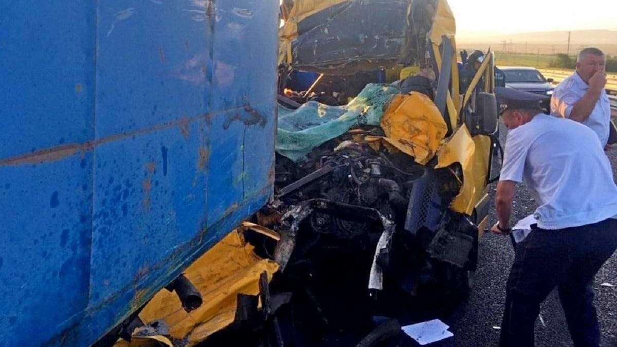 ДТП в Крыму 31 июля 2020, погибли 9 человек - фото