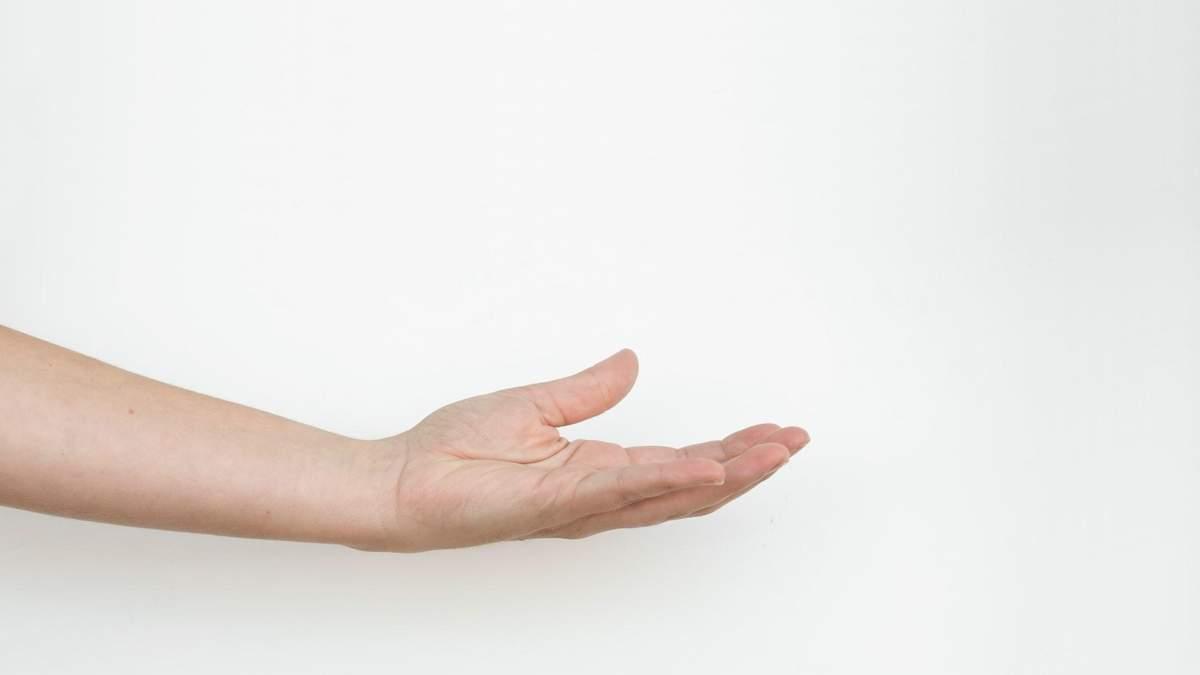 Пенис в руке