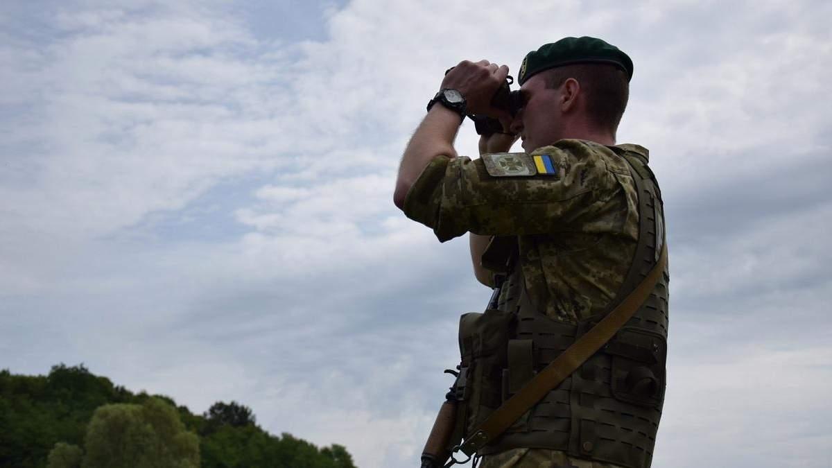 Усиление патрулей, авиация: что происходит на границе с Беларусью