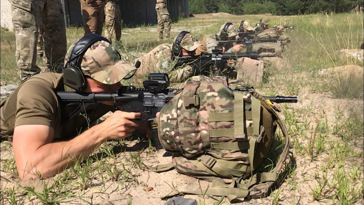 ГНСУ получила винтовки UAR-15, изготовленные в Украине, вместо калашей