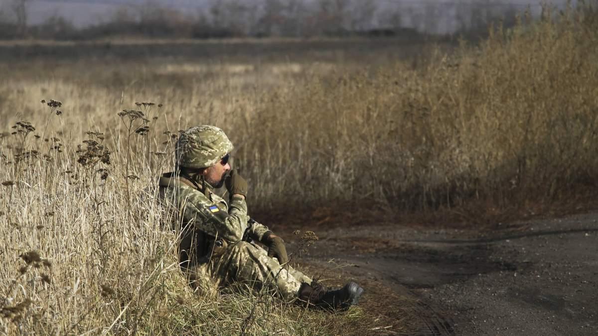 Несмотря на перемирие, боевики стреляют в сторону украинских военных