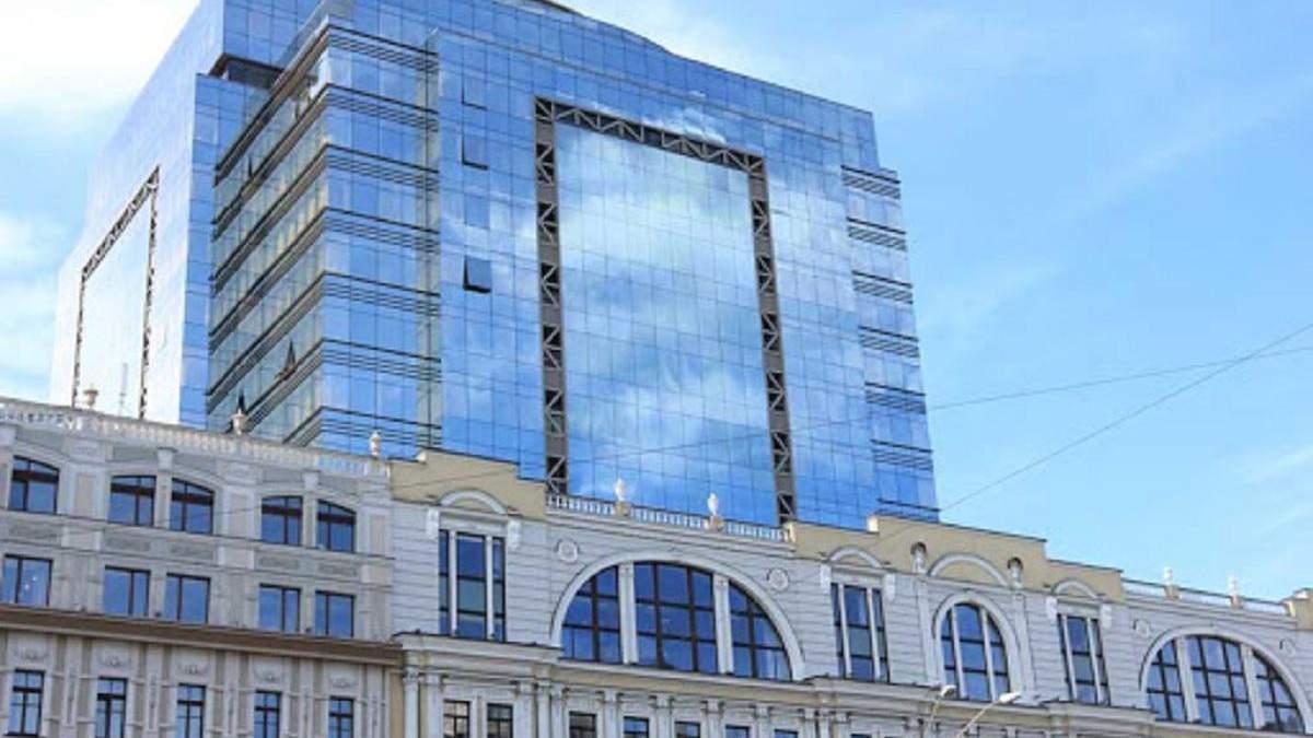 Захоплення банку: бізнес-центр Леонардо в Києві евакуювали