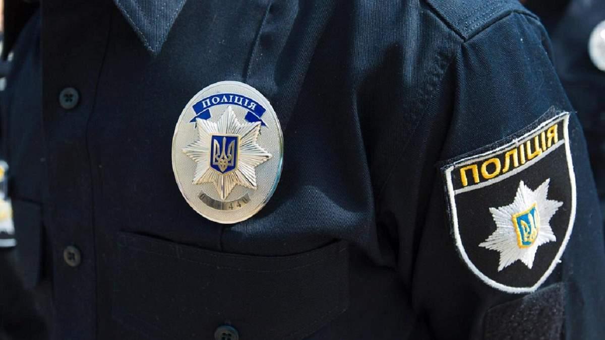 Во Львове пьяные мужчины избили патрульных полицейских