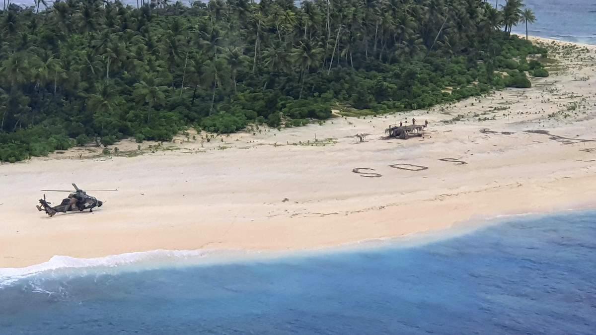 З безлюдного острова в Тихому океані врятували трьох людей