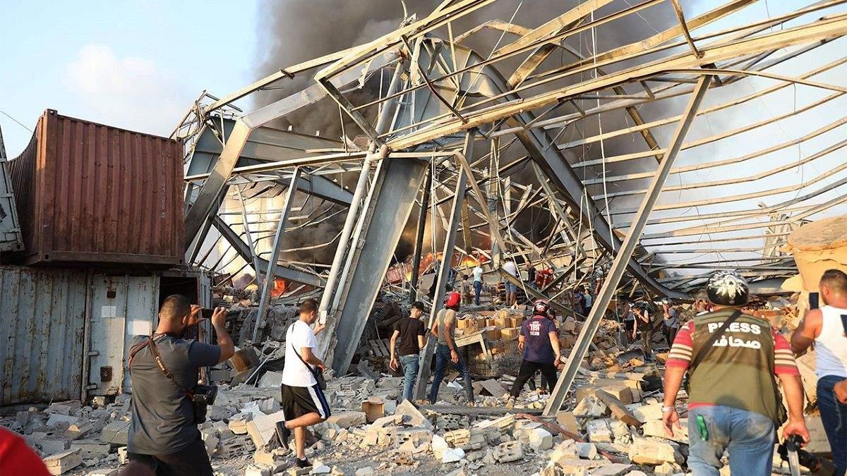 Взрывы в Бейруте: Израиль готов послать помощь Ливану