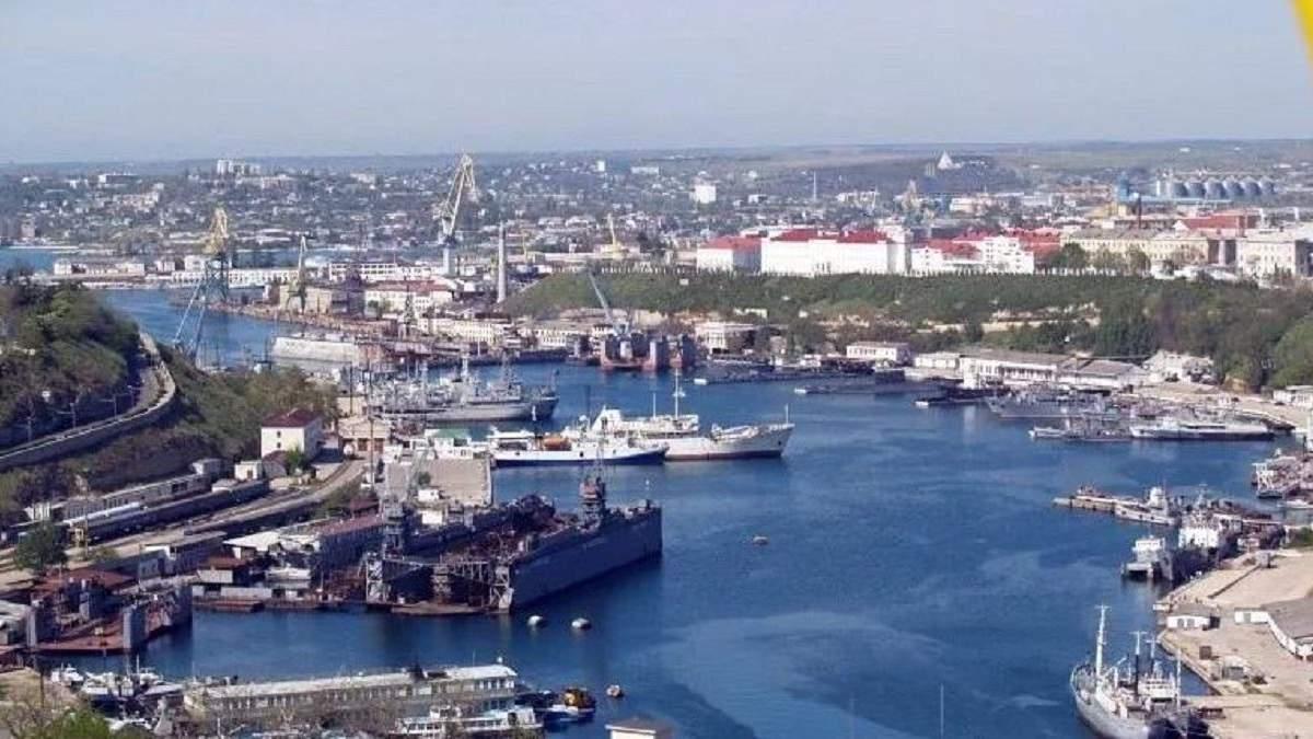 Порти окупованого Криму стають нікому не потрібними