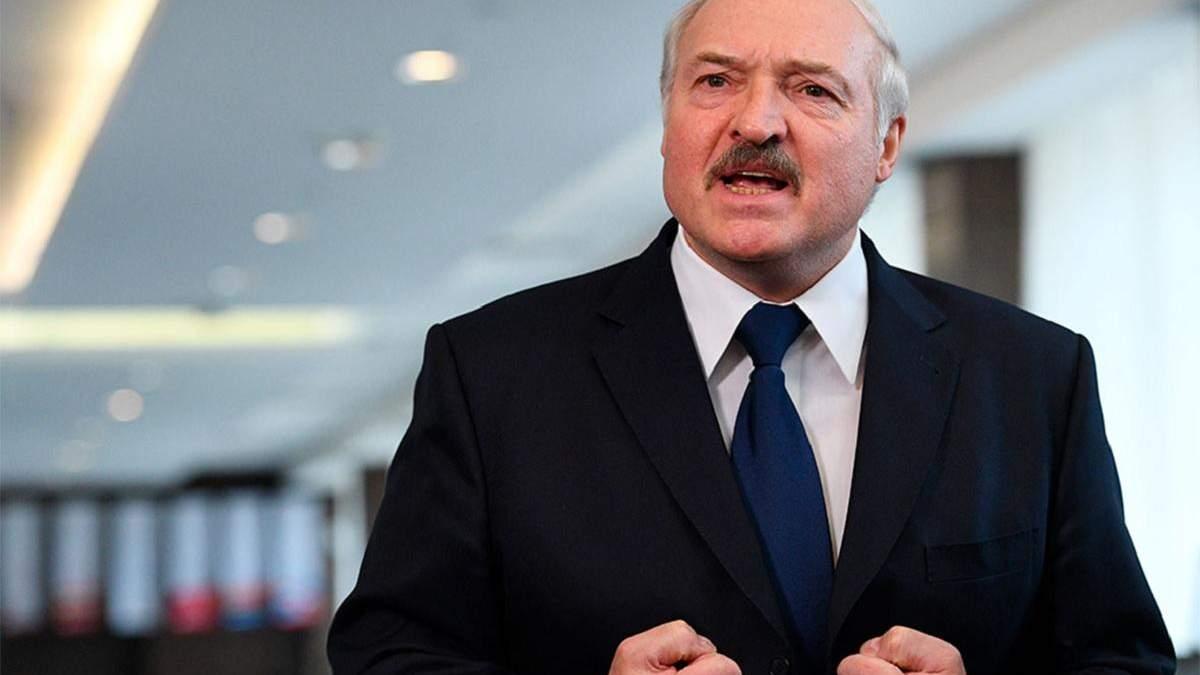 Лукашенко заявил о гибридной войну против Беларуси: детали