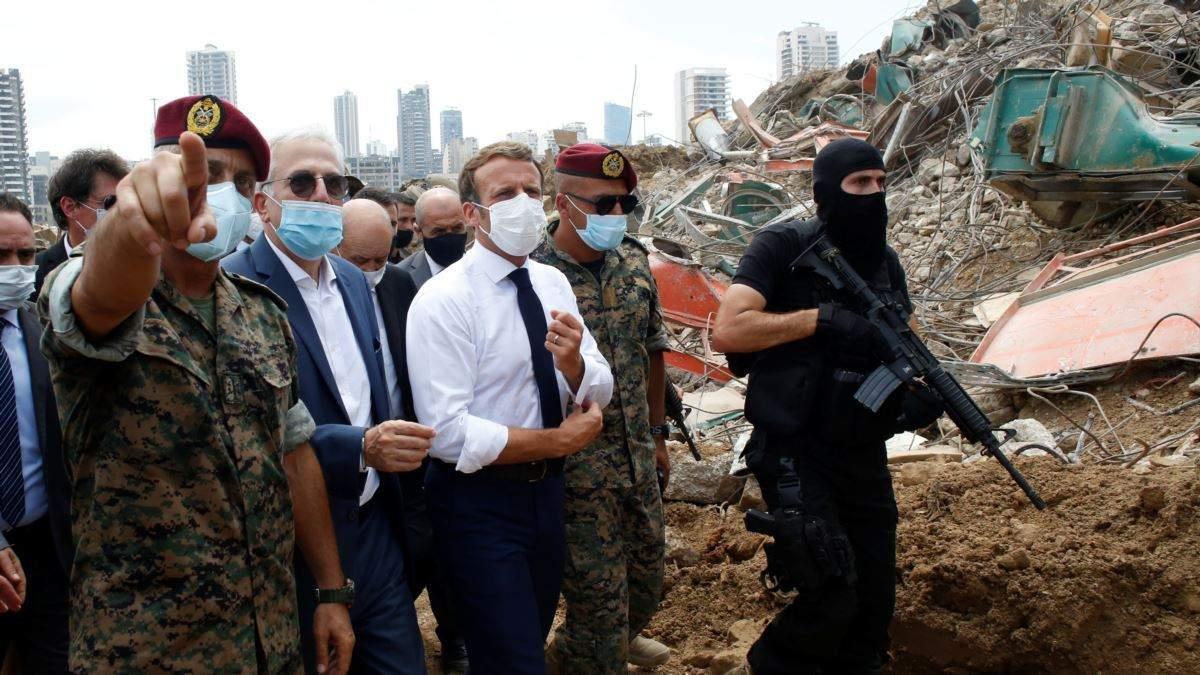 Вибух Бейруті: Макрон відвідав місто після вибуху