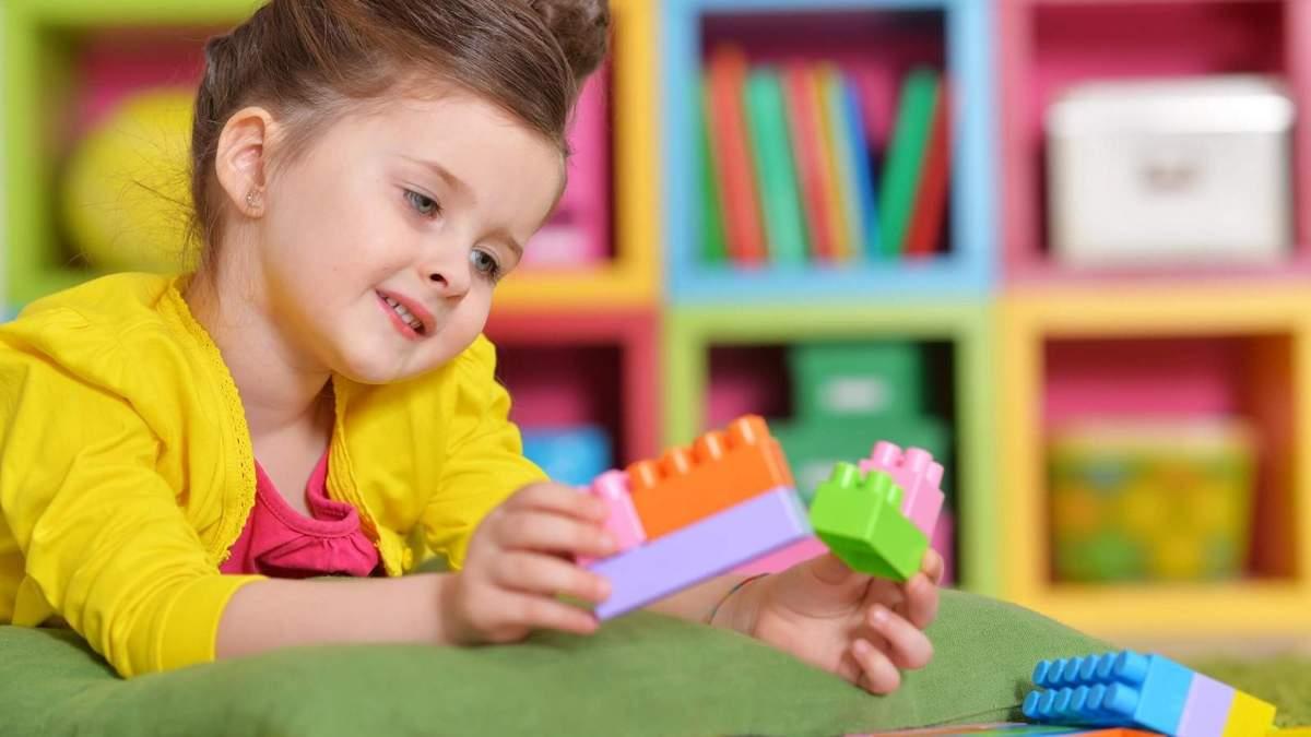 Як привчити дитину до дитячого садочка