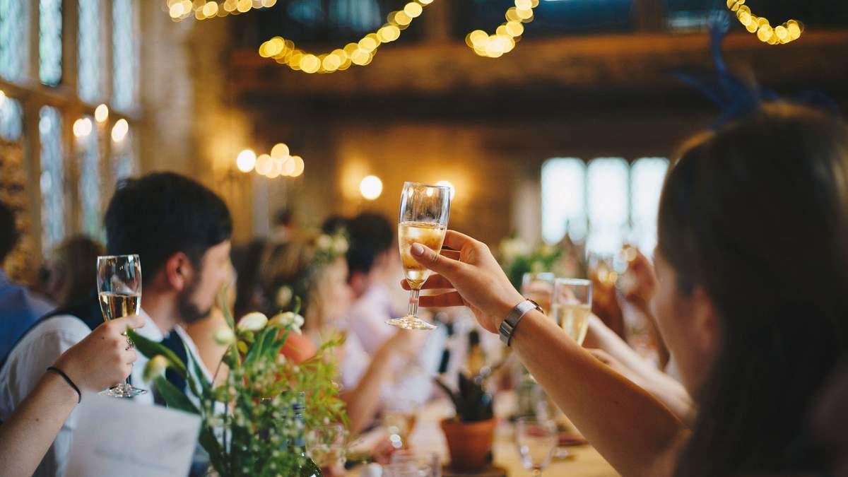 Три большие свадьбы на Буковине отправили целый район в красную зону