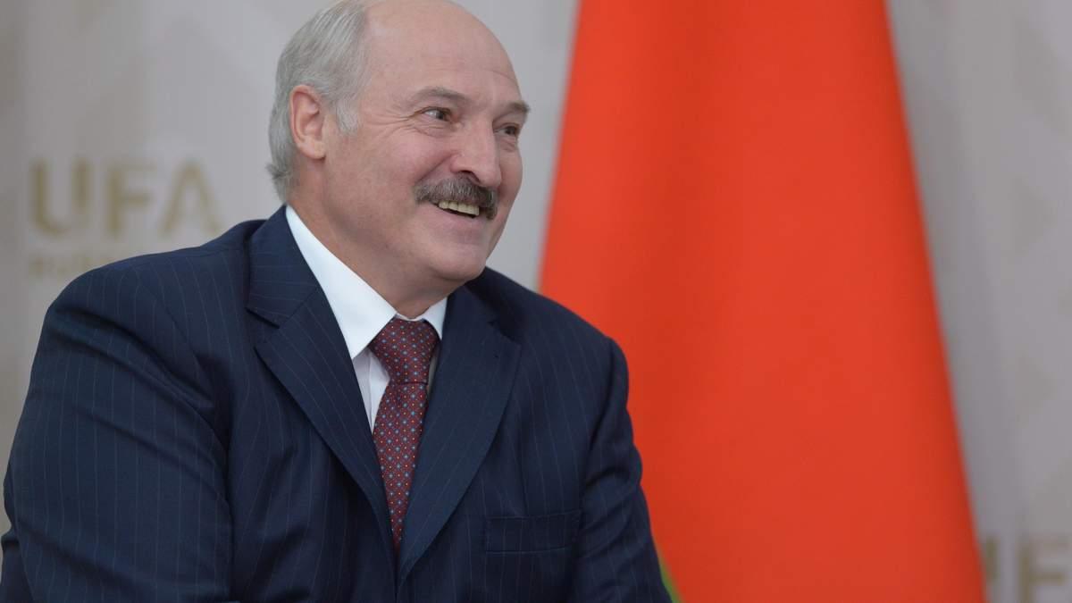 Мітингувальників доставляли з України, а керувала ними Чехія, – Лукашенко