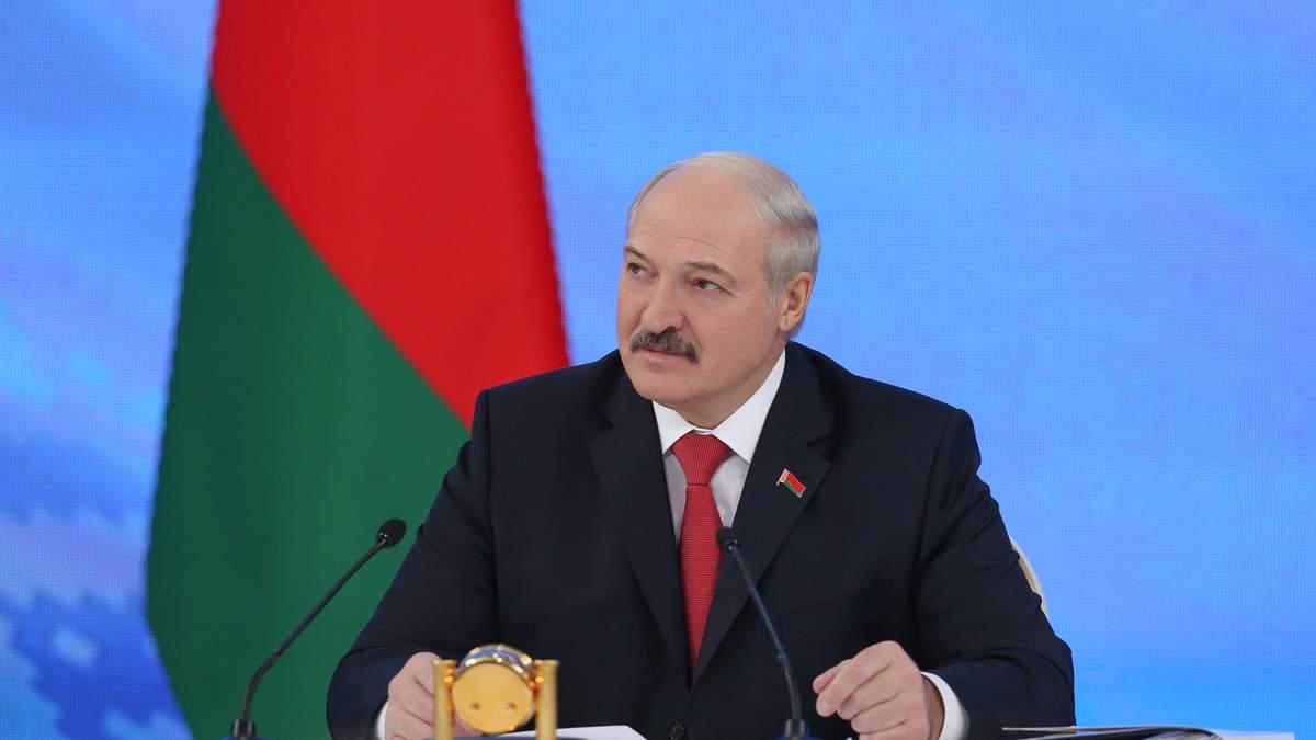 Лукашенко с колей в астане фото ещё