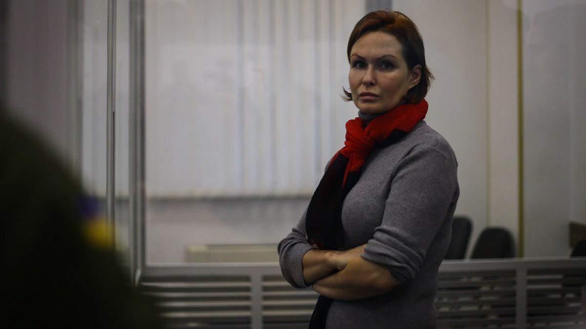 Юлия Кузьменко в зале суда