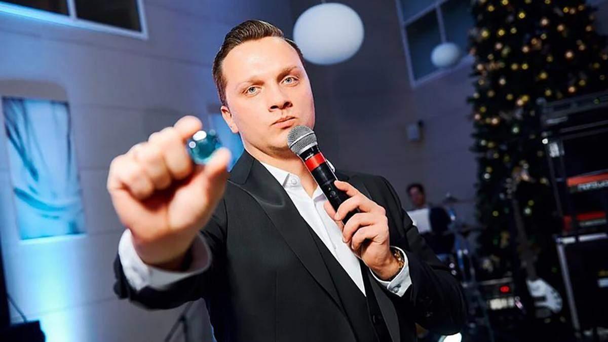 Из-за агрессии на протестах уволился ведущий государственного Беларусь 1 Владимир Бурко