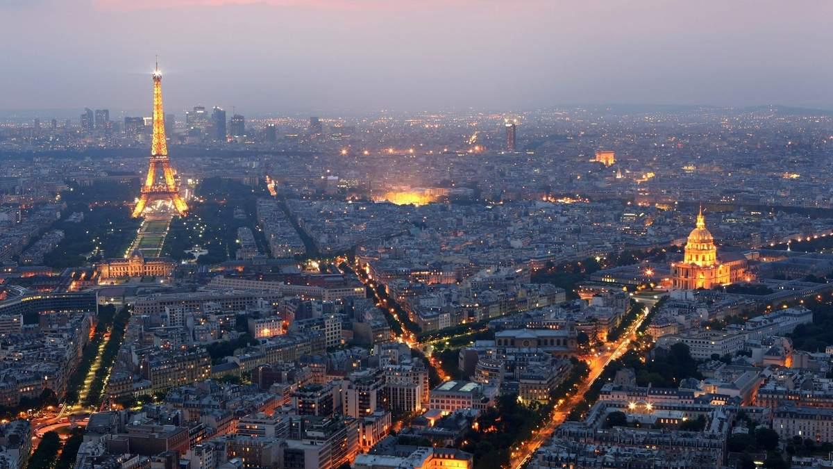 Париж внесли до червоної зони через COVID-19