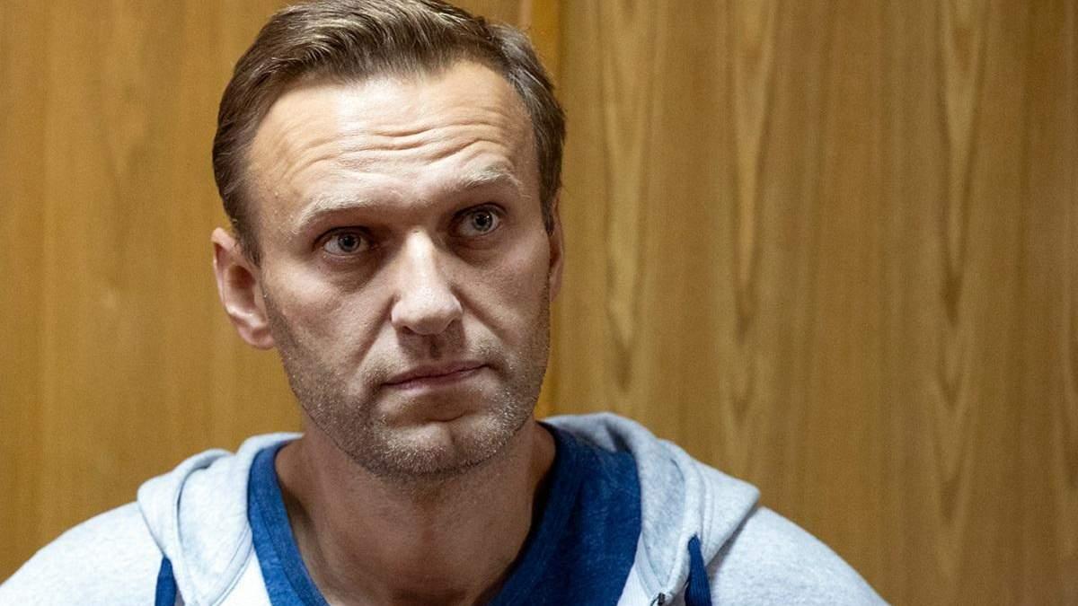 Лукашенко звинуватив Навального в агресії проти Білорусі: той відповів грошима