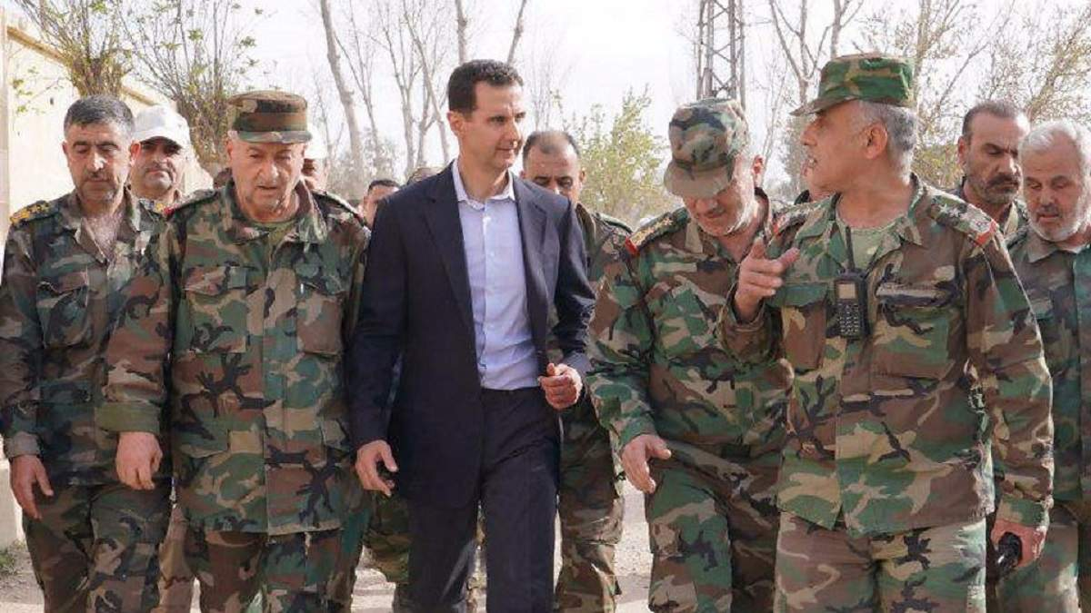 Армия Асада погнала сотню сирийцев через минное поле
