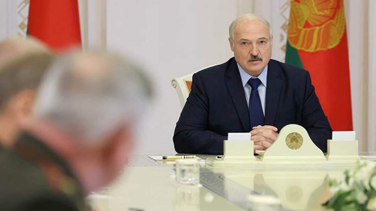 Наведіть у себе лад: Лукашенко закликав Європу не лізти в Білорусь