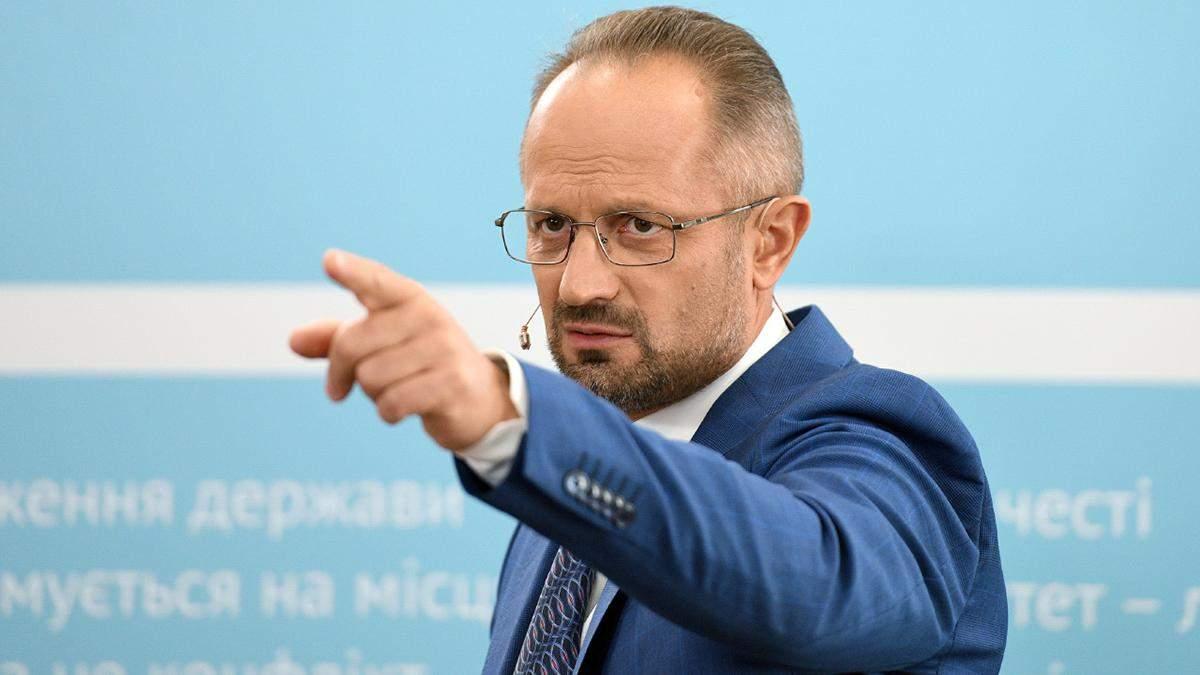 Роман Бессмертный прокомментировал отзыва посла из Беларуси