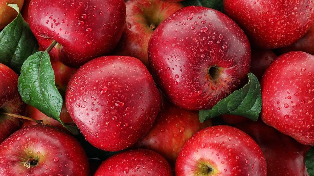 Шкідливо для шлунку та емалі зубів: важливі факти про яблука