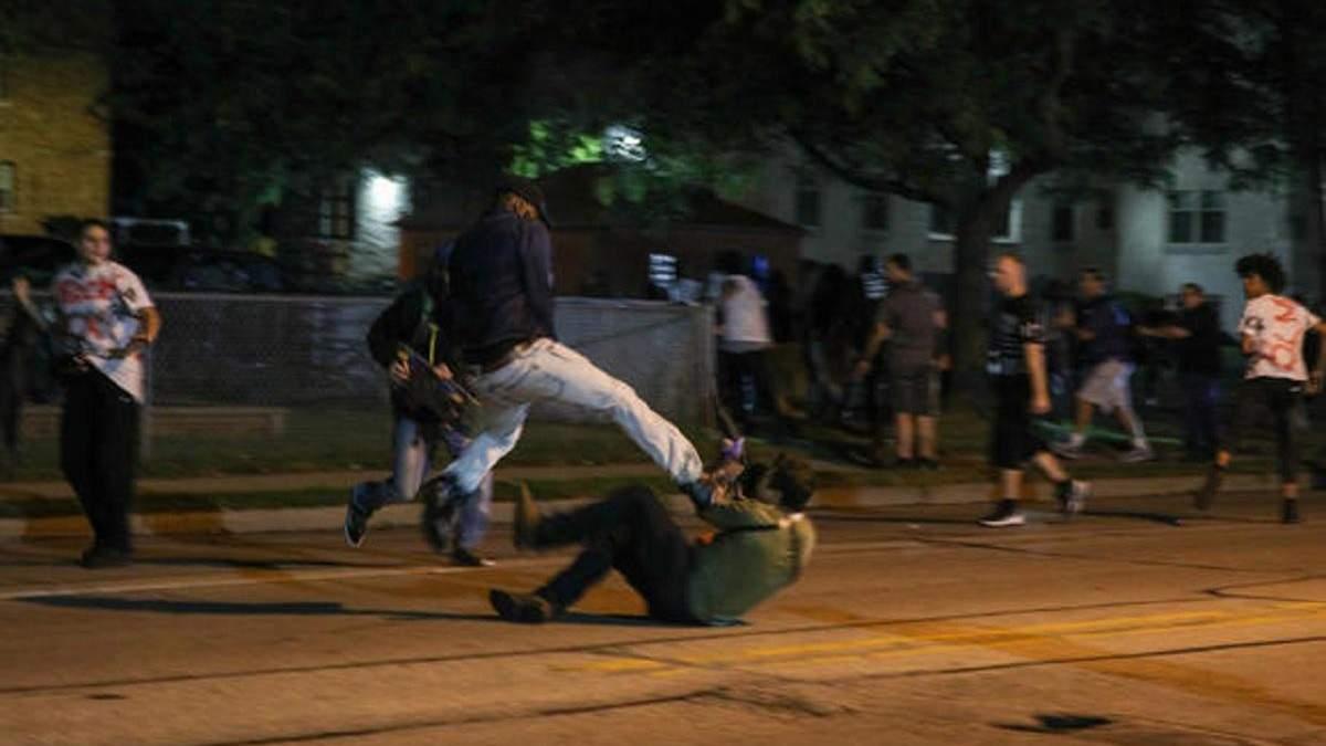 У США тривають протести через поранення копами темношкірого