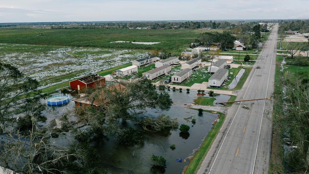 Ураган Лаура 2020 в США: видео, фото с космоса – все новости