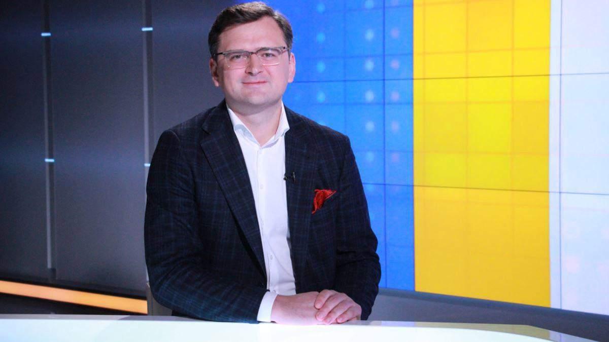 Україна не втручається у справи Білорусі, – Кулеба відповів Путіну