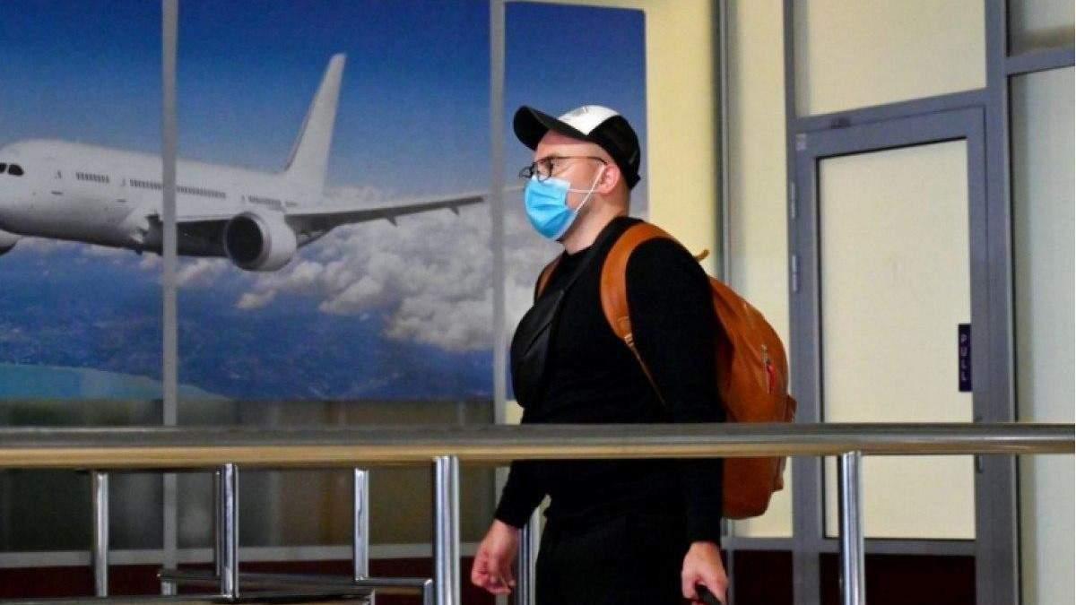 Українці та правила безпеки під час карантину: що я побачив на борту літака?