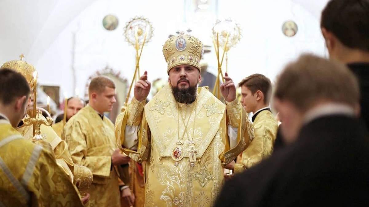 Коронавірус виявили у митрополита Олександра Драбинка