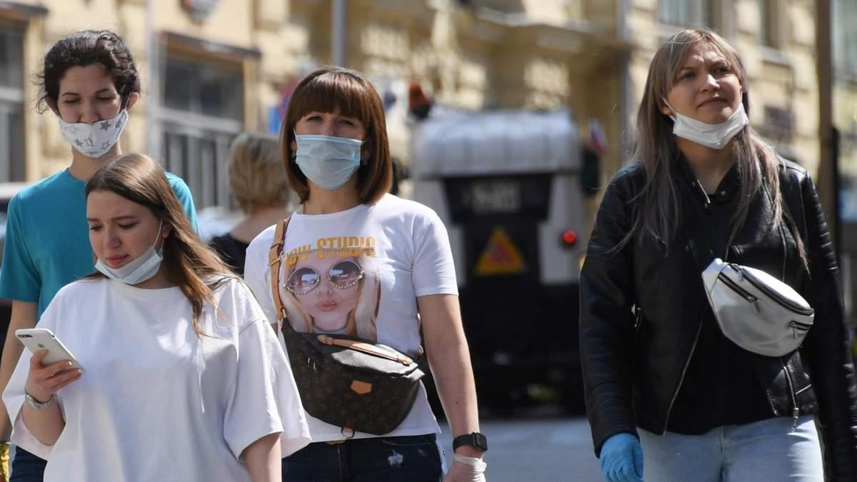 Гарячий серпень: як змінилась ситуація з коронавірусом лише за місяць
