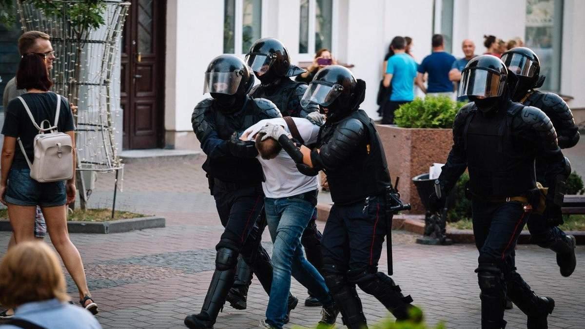 1 вересня затримали близько 80 осіб
