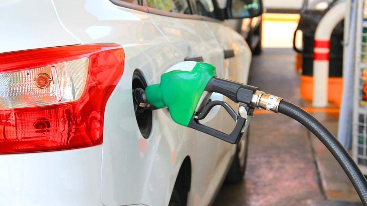 Скачок цен на бензин и кризис нефтепродуктов: как ситуация в Беларуси влияет на топливо Украины