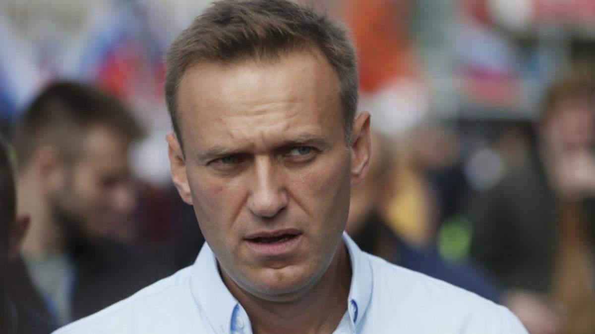 Отруєння Навального: сліди Новачка виявили на шкірі, в крові та сечі