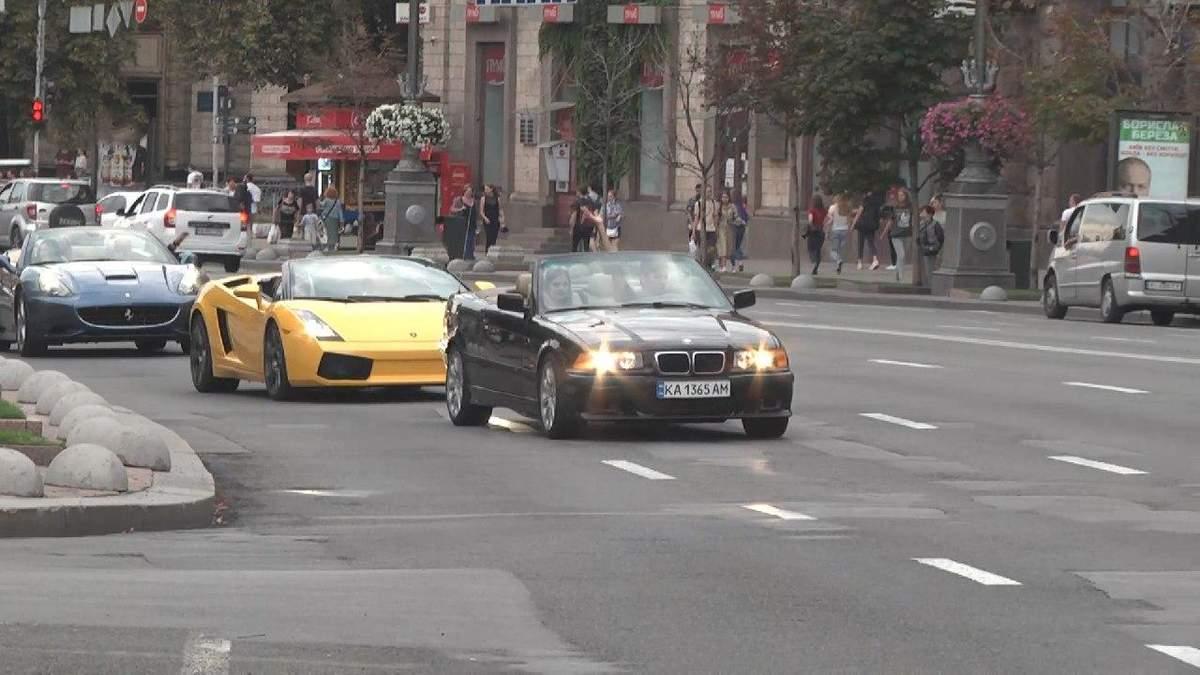 Фестиваль кабріолетів у Києві