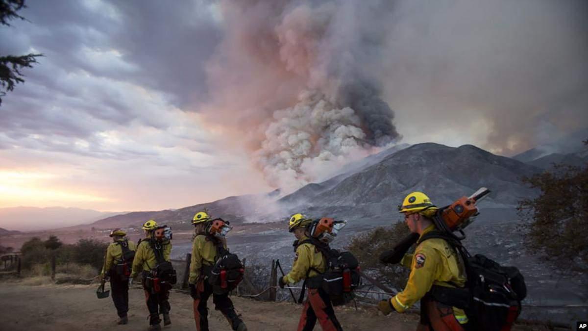 Пожар в Калифорнии: эвакуированы 200 человек, фото, видео