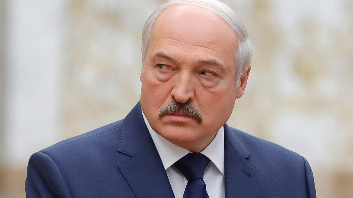 Лукашенко вважає, що протестами в Білорусі керують ззовні