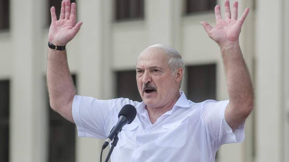 """Лукашенко заявив про невідому частину """"перехопленої бесіди"""" щодо отруєння Навального"""