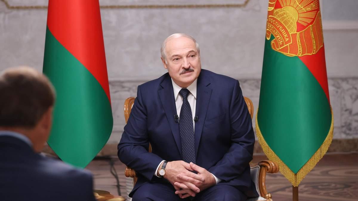 Лукашенко заявив, що не віддасть владу у Білорусі