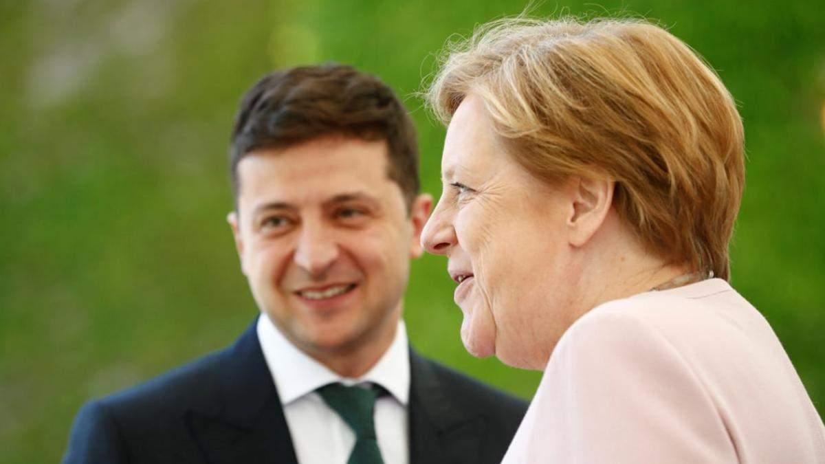 Зеленский провел двенадцатый по счету телефонный разговор с Меркель: детали