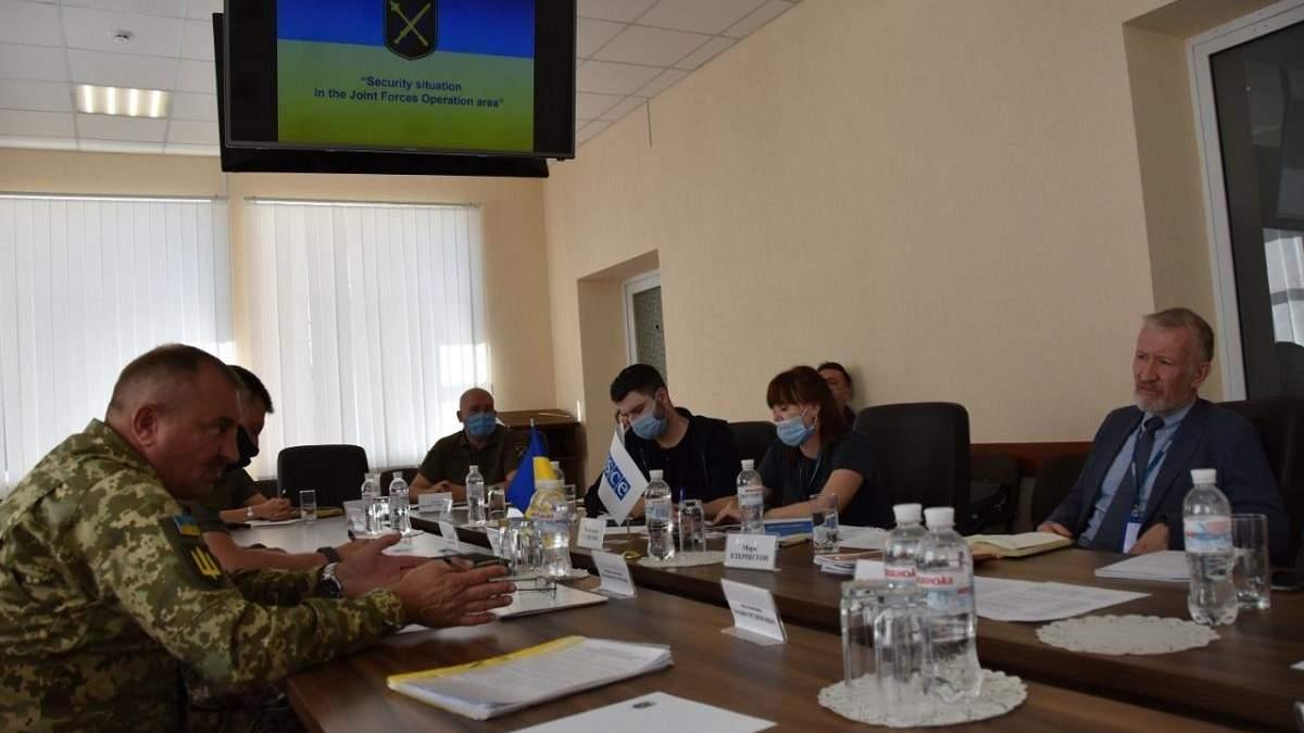 Командующий ООС обсудил с ОБСЕ обострения на Донбассе