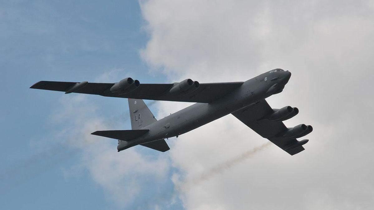 У Росії відреагували на політ бомбардувальників США над Україною