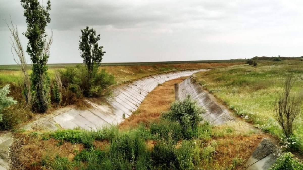 Забезпечення водою жителів окупованого Криму – обов'язок РФ, – представництво президента