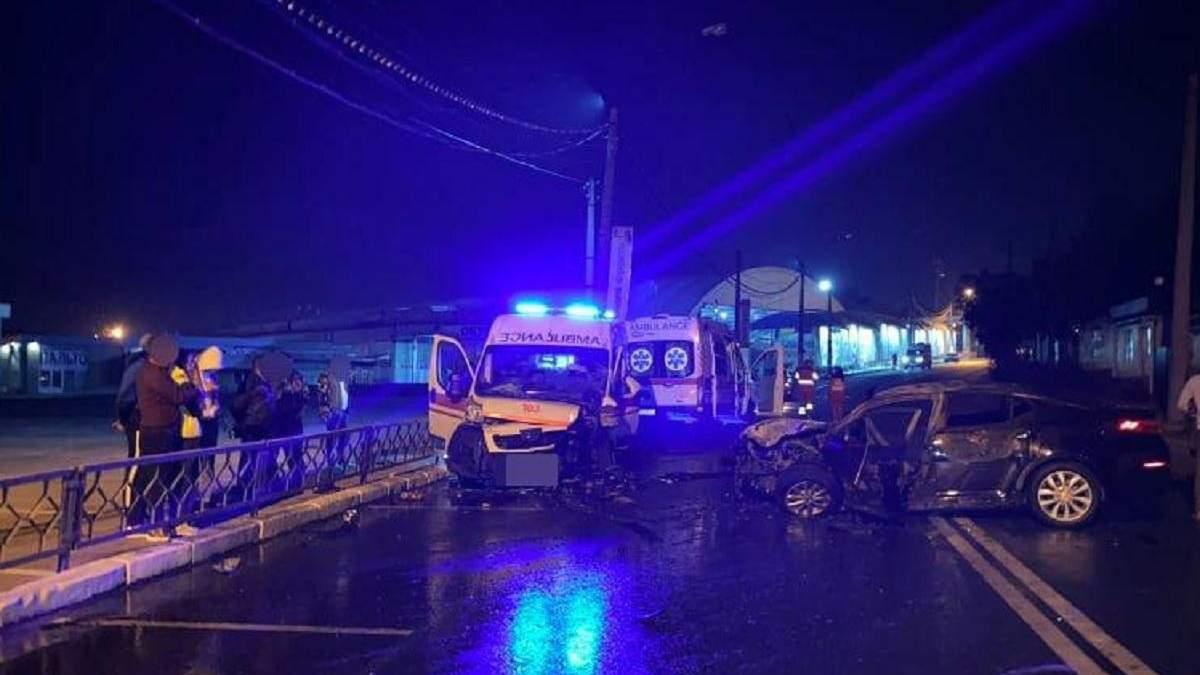 В Харькове легковушка въехала в скорую 13.09.2020: есть пострадавшие