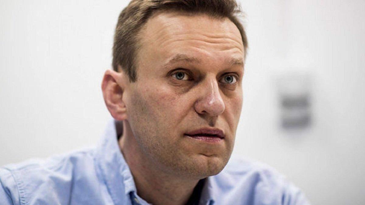 Отруєння Навального: ЗМІ розкрили деталі перших хвилин порятунку